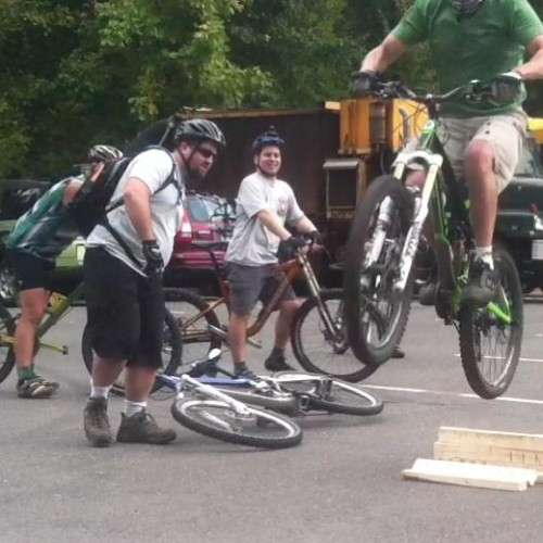 Rock 'n' Roll MTB clinic for advanced maneuvers