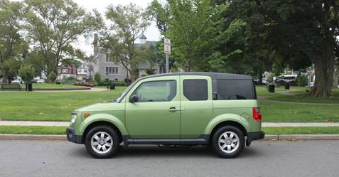 Green Honda Element